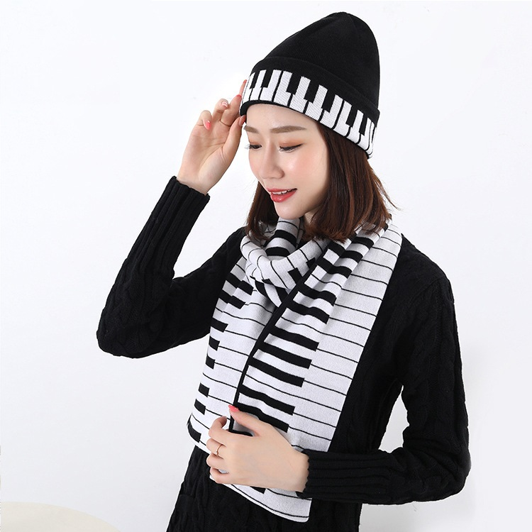 Hot Selling New Style Western  Hat Scarf Piano Jacquard Thermal Knitted Yarn Kit Unisex Cap And Scarf