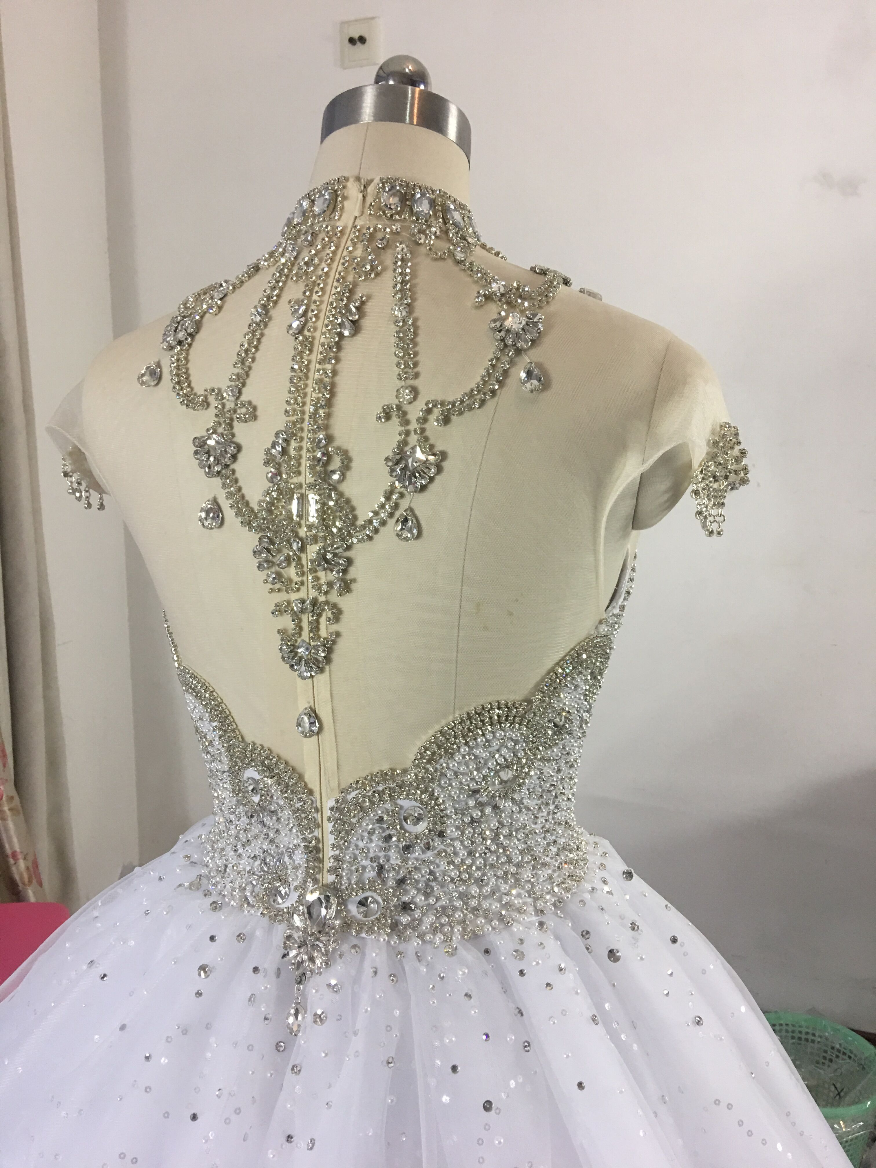 Image 4 - Princess Fluffy Luxury Wedding Dress 2019 Wedding Gowns for Bride Plus Size Tulle Diamond Crystal Beaded Custom Made XJ06S-in Wedding Dresses from Weddings & Events
