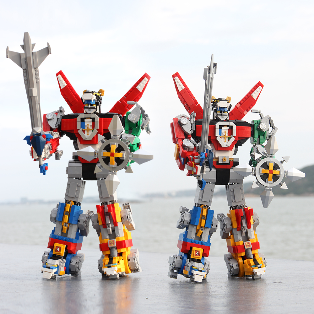 16057 Ideas Series Voltron Defender Of The Universe Model Building Block 2334pcs Bricks Toys Compatible 21311 Children Gift