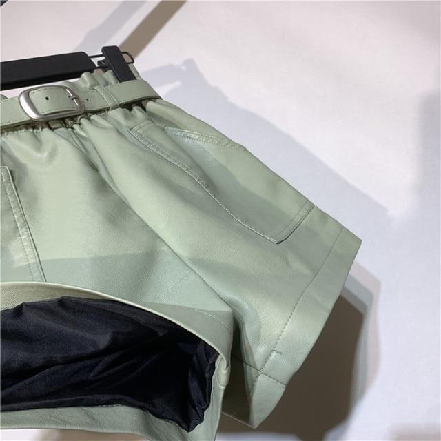 Autumn Winter Faux Leather High Waist Shorts Women With Belt Pockets Wide Leg Sexy Shorts Short Femme Women Leather Shorts C5922 6