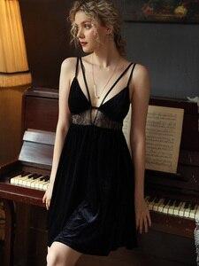 Image 2 - סקסי כתנות לילה הלבשת מזדמן Nightwear בית שמלה נשי כותונת קטיפה חלול עמוק V יופי בחזרה מפתה Homewear