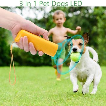 3 w 1 urządzenie odstraszacz psów LED ultradźwiękowy szkolenia psów repelenty anti-szczekanie urządzenie z latarka odkryty przenośny gwizdek tanie i dobre opinie Odstraszacze psów CN (pochodzenie) LED Pet Dog Ultrasonic Repeller Z tworzywa sztucznego 13 * 4 * 2 6cm Yellow Dropship Wholesale