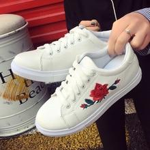 Zapatos de mujer primavera bordado flor femenina Chic Casual zapatos zapatillas zapatos de cuero blanco rojo Floral Vintage dfb89