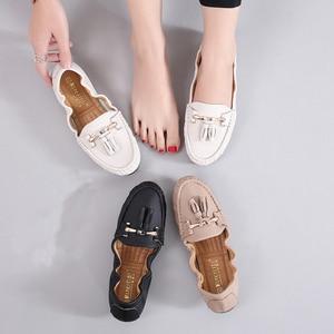 Image 2 - 2020 Shoes Woman Soft Flats Slip On Solid Split Flat Loafers Women Summer Moccasin Fringe Ballet Flats Mother Nurse Casual Shoes