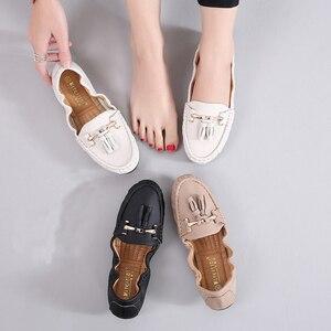 Image 2 - Mocassins souples à enfiler pour femmes, chaussures plates fendues, plates, à franges, ballerines, solides, pour infirmière, collection 2020