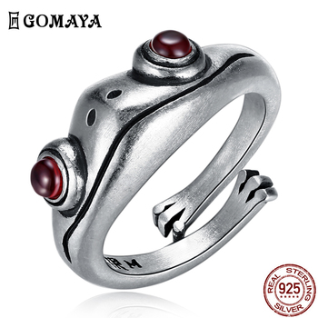 GOMAYA 925 Sterling Silver Ring Frog Retro Personality Creative Animal Unisex Red Garnet Frog Open Adjustable Rings Fine Jewelry
