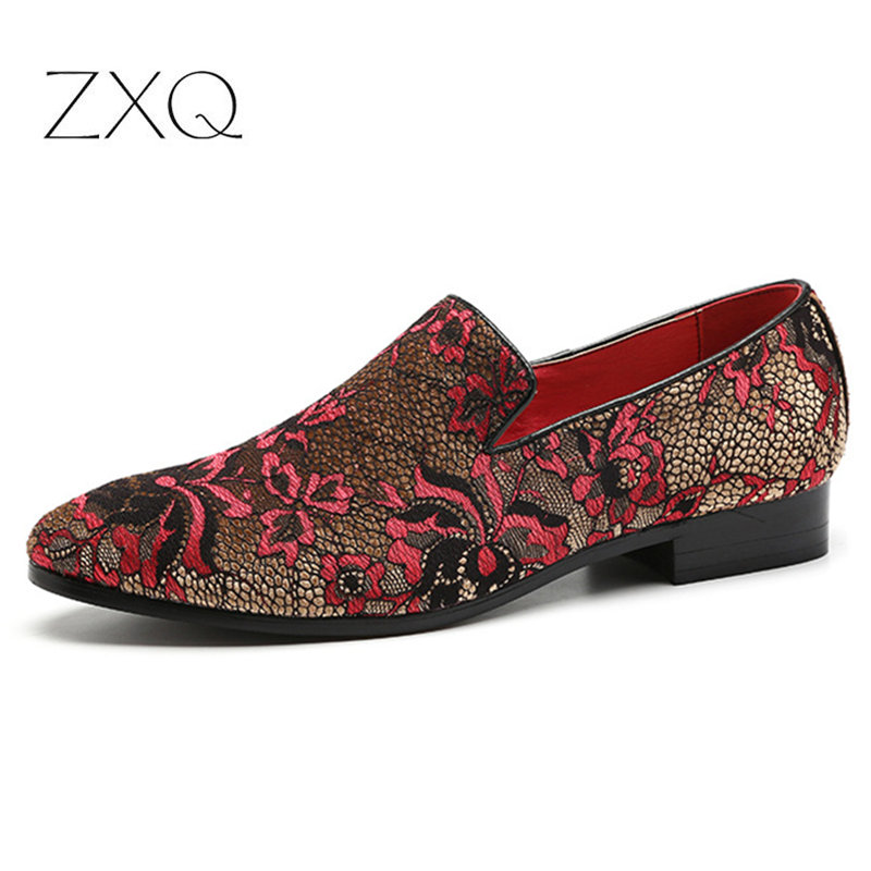 Personality Men Party Loafers Embroidery Floral Pattern Male Footwear Comfortable Casual Men's Flats Shoes Big Size 38-48