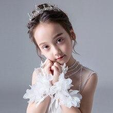 2019 moda Beleza Da Menina de Flor Branco Vermelho 20*8 centímetros Sem Dedos Luvas de Casamento Do Laço Frisado Para vestido de Noiva Acessórios Do Casamento