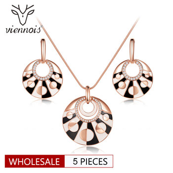 Viennois Wholesale Rose Gold Color Round Jewelry Sets for Women Earrings Pendant Necklace Set Black and White Jewelry
