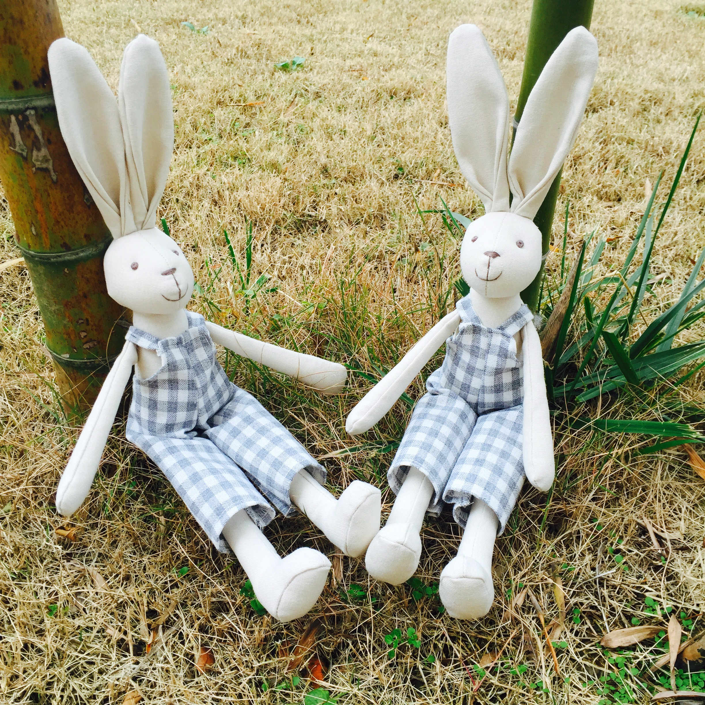 Luxus handgemachte Bunny Boy Stoff Puppe Geburtstag Geschenk Baby Puppe Baumwolle Leinen Kaninchen Stofftier Spielzeug geschenk der Kinder tages