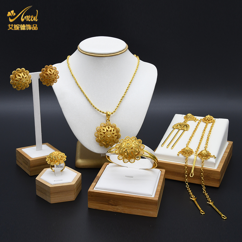 2021 Handmade Pendant Necklace Earrings Wholesale Gold Plated Women Custom Jewelry Sets