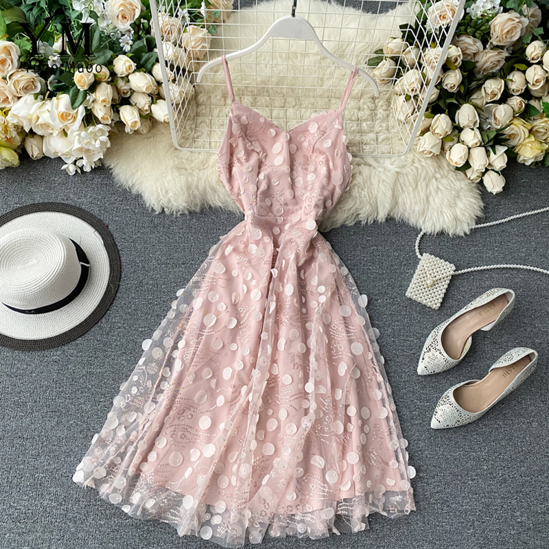 YuooMuoo Romantic Sequins Decoration Pink Party Dress Women Elegant Spaghetti Strap High Waist Summer Lace Midi Dress Sundress