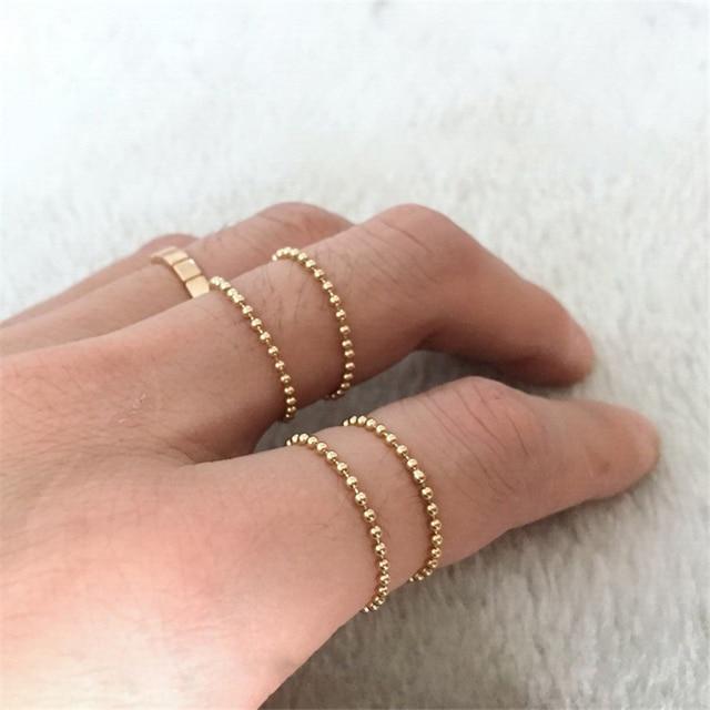 Женское кольцо с золотыми бусинами Золотое ювелирное изделие