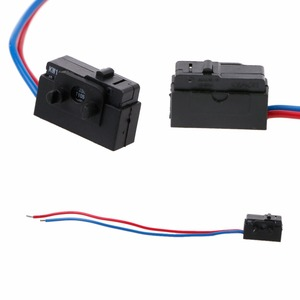 1Pc Left/Right Sensor Lock Micro Switch For Octavia Fabia Superb Passat B5 Bora Golf 4 MK4 Door Sensor(China)