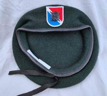 Tomwang2012 Us Army 11th siły specjalne grupa wełna zielony Beret i działania specjalne insygnia przełożonego nurkowania czapka wojskowa tanie i dobre opinie CINESSD Stałe Termiczne Z wełny