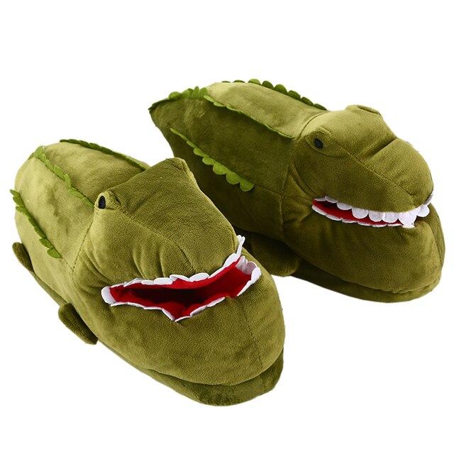 Mulheres unisex casa quente chinelos engraçado anime peixe crocodilo dos desenhos animados ovelha plana chinelo feminino algodão inverno sapatos de pelúcia meninas