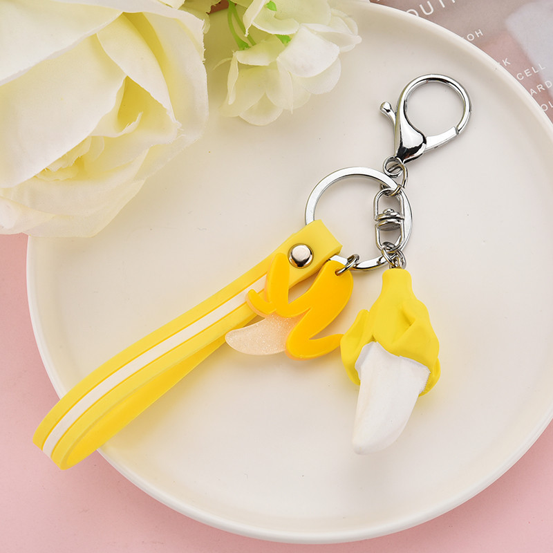 2019 Creative Banana Avocado Pineapple Key Chain Girl Keyring Simulation Fruit Keychains Suitable For Women Or Men Keyring Gifts in Key Chains from Jewelry Accessories