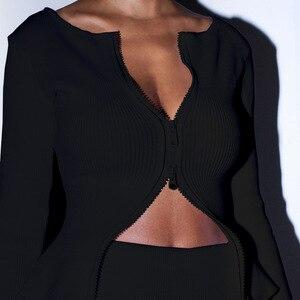 Image 4 - Zip Acima da camisa Das Mulheres Branco Preto De Malha Com Nervuras 2019 Strech Manga Longa Irregular Casual Sexy Moda Outono Tops Streetwear