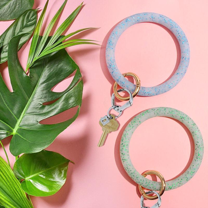 JUST FEEL New Big O Silicone Shiny Sequin Keychain Bracelet Round Clasp Fashion Car Keychain Pendant Wrist Strap Accessories