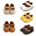 Мягкие кожаные детские мокасины обувь для младенцев новорожденных резиновая подошва, для тех, кто только начинает ходить, с цветочным обрам...