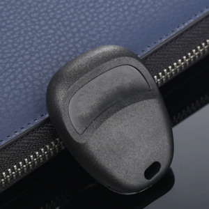 Image 4 - AB00204T reemplazo de coche 4 botones sin llave mando a distancia carcasa Fob para Buick LeSabre Century Regal Pontiac Chevrolet Cobalt