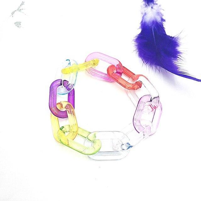 Фото милый цветной яркий прозрачный акриловый браслет ручной работы