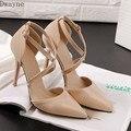 Выразительные элегантные тонкие туфли на тонком каблуке, привлекательные женские туфли на высоком каблуке, вечерние модельные туфли-лодоч...