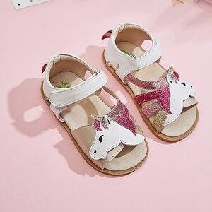 Image 1 - TipsieToes Top marka jednorożce miękka skóra w lecie nowe dziewczyny dzieci buty z palcami sandały dziecięce maluszek mały 1 12 lat