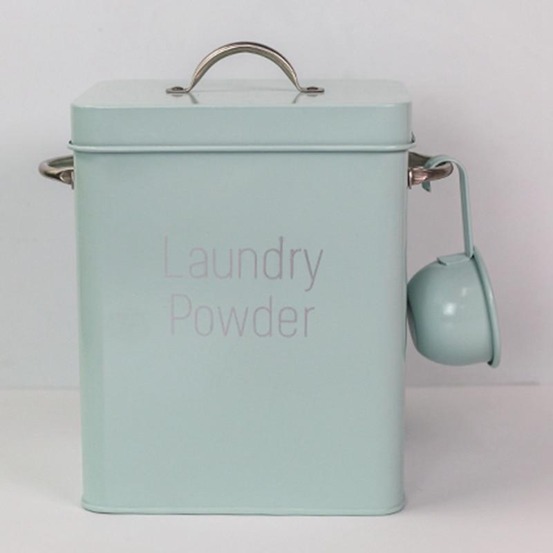 lavanderia do pó com verde da colher