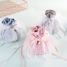 9*12 cm Chocolate Sweets Package Bag Creative Velvet Yarn Party Wedding Candy Favour Gift Bags with Pearl Europe Wholesale