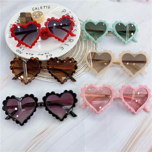 TTLIFE 2020 Baby Heart Glasses Kids Sunglasses Fashion New Love Plastic Pink Sun Glasses Girls UV400 Sunglasses Okulry Oculos