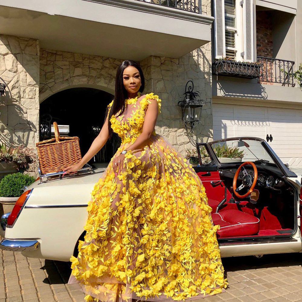 African Yellow Plus Size Prom Dresses 2020 New Illusion 3D Flowers Sleeveless Sexy Evening Prom Party Gowns See Through