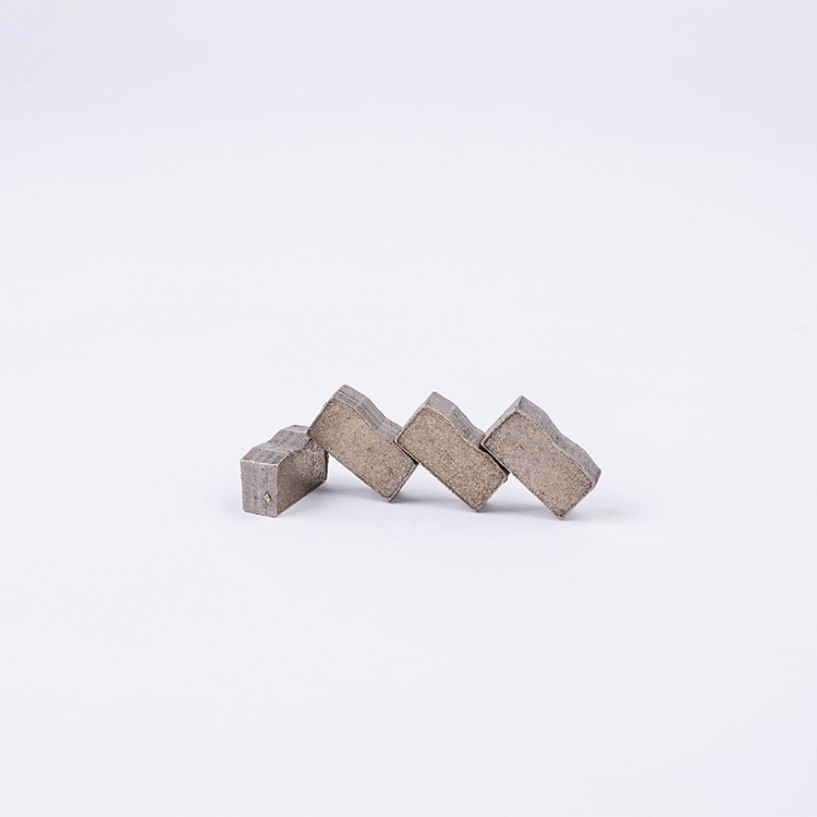 DS17 Diamond Multi Saw Blades Segments D1600/1200mm Multi Cutting Segments For Granite Block M Shape Segments 188PCS