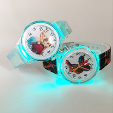 Fashion Kids Watches Boys Spiderman Cute Princess Elsa Children Watches Girls Gift Kids Quartz Watches Colorful Flash Light xfcs