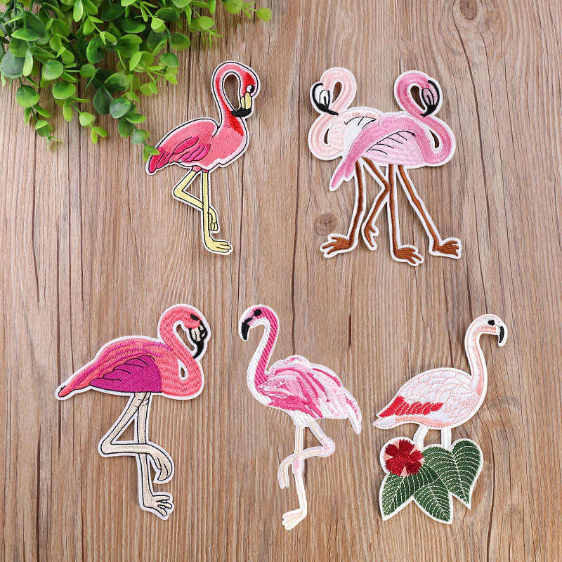 1Pcs Animal Embroidery Patch Heat Transfers Iron On Sew On Patches for Clothing DIY Clothes Stickers Decorative Appliques 47208