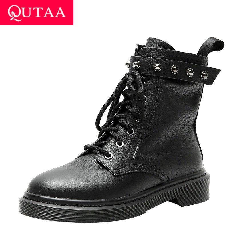 QUTAA 2020 פרה עור עגול הבוהן תחרה למעלה סתיו חורף מקרית אמצע עגל מגפי עקב נמוך כיכר אופנה מסמרת נשים נעלי Size34 42מגפיים אמצע שוקיים   -