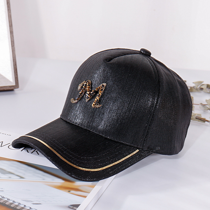 2020 New Metal Letter M Women Baseball Cap Breathable Mesh Outdoor Adjustable Embroidered Rhinestone D Mark Hats Summer Sunhat05