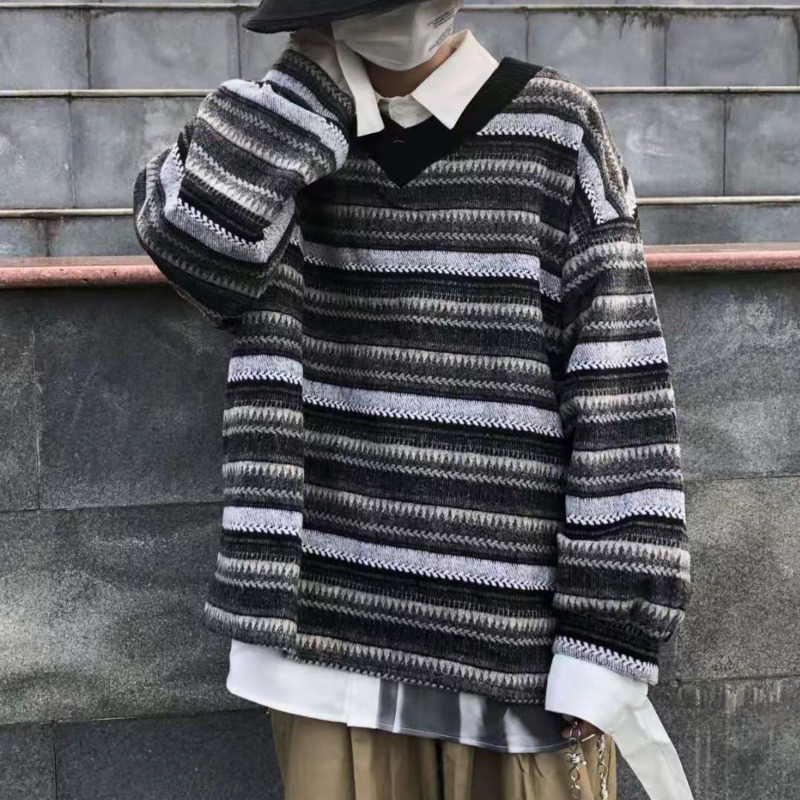 Winter Striped Sweater Men's Warm Fashion Retro Knitted Pullover Men Streetwear Loose V-neck Sweaters Male Sweter Clothes