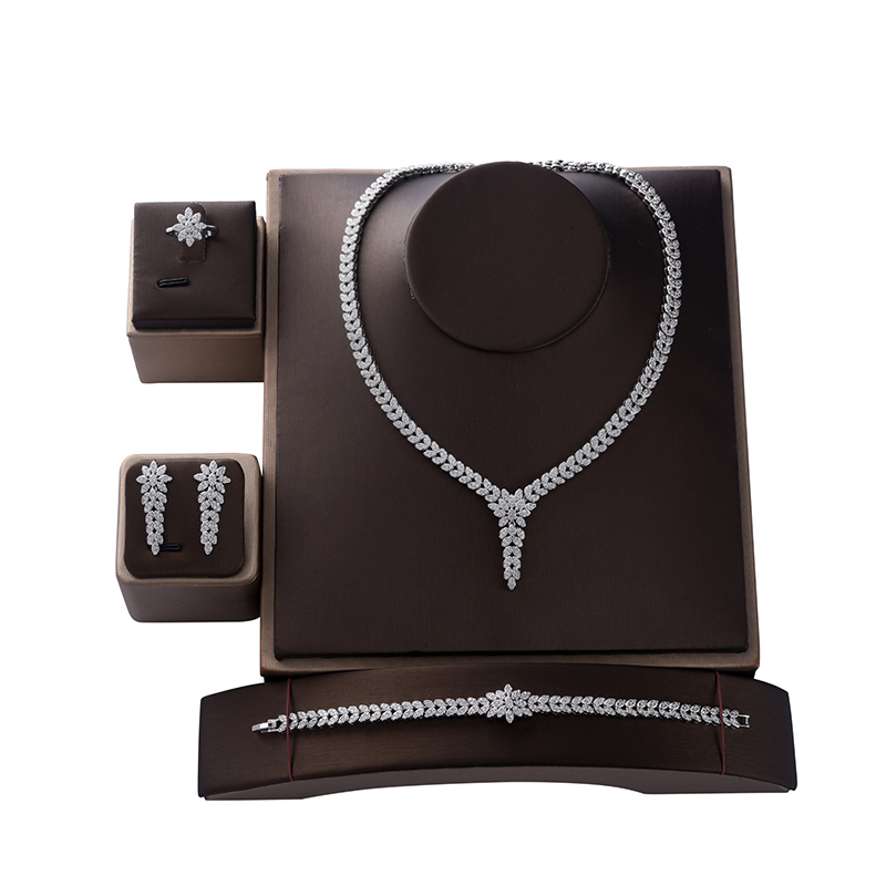 Jewelry Set HADIYANA Trendy Women Wedding Fahion Party Necklace  Earrings Ring And Bracelet Set Zircon CN1524 Conjunto de joyasJewelry  Sets