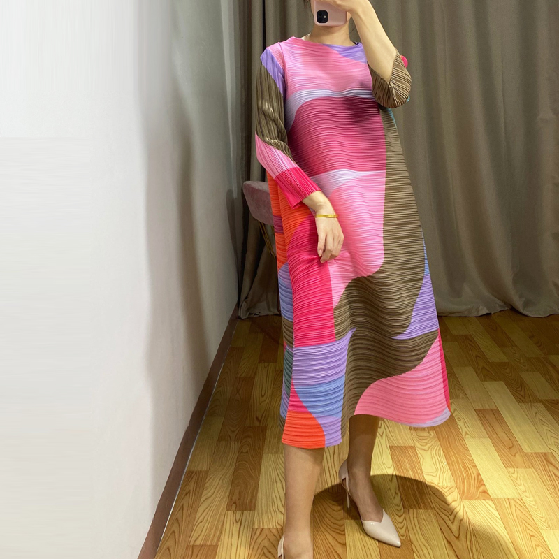 LANMREM 2020 new spring and summer three quarter sleeves pleated hit colors pullover loose vintage dress with belt WL86103