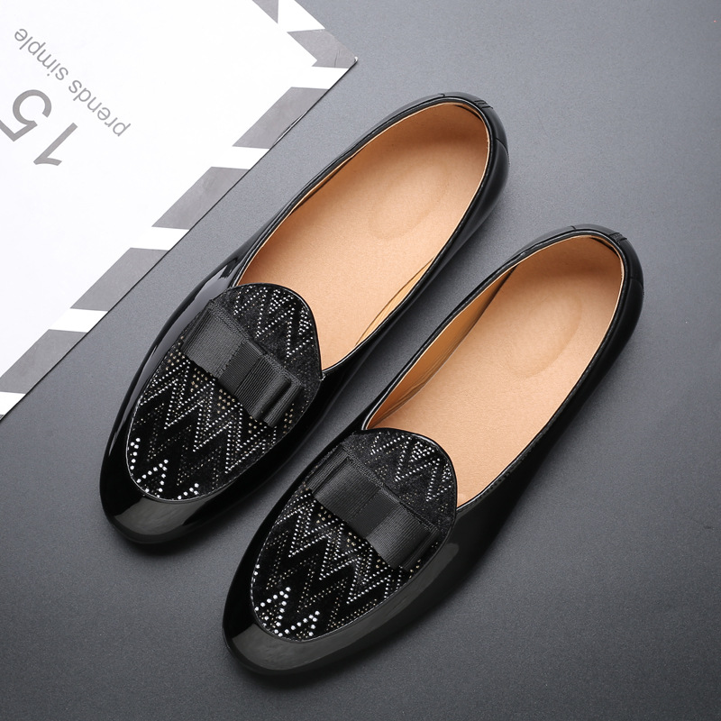 Black Bow Tie Dress Shoes Luxury Designer Rhinestone Men Loafers Classic Men Patent Leather Shoes Casual Shoes Large Size 38-48