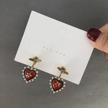 fashion temperament retro love personality red bee earring heart shape jewelry small pearl cute earrings