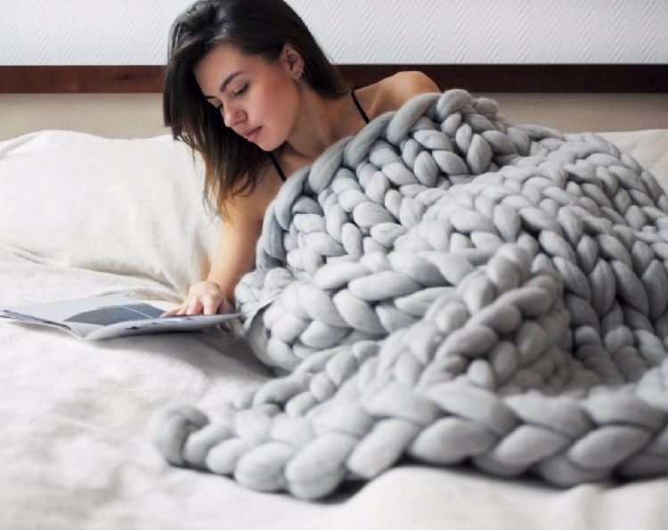 Sping Large Soft Hand Chunky Knitted Blanket Plaids For  Bed Sofa Plane Thick Yarn Knitting Throw Fashion Sofa Cover Blankets