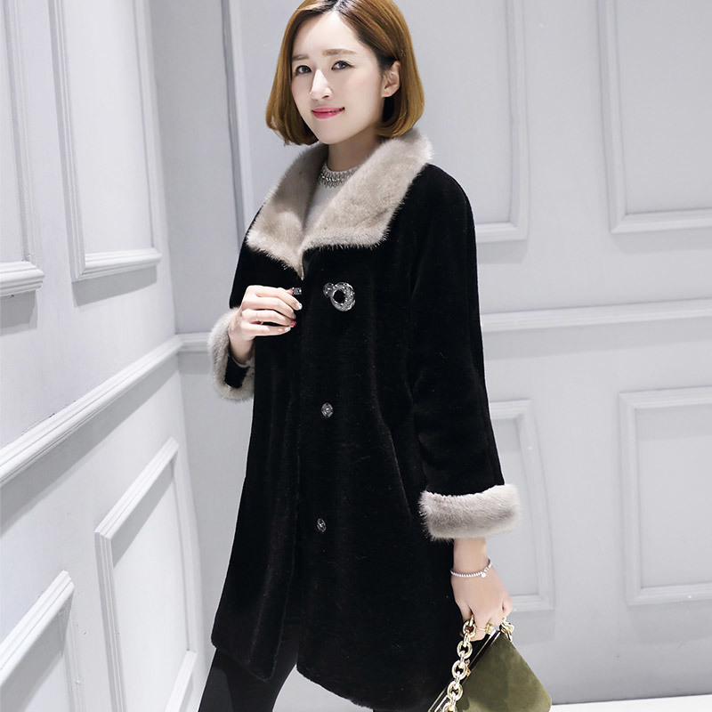 Shearing Sheep Women Coats With Natural Mink Fur Collar Real Wool Fur Coat Female Warm Winter Jacket Women 18182 WYQ2068