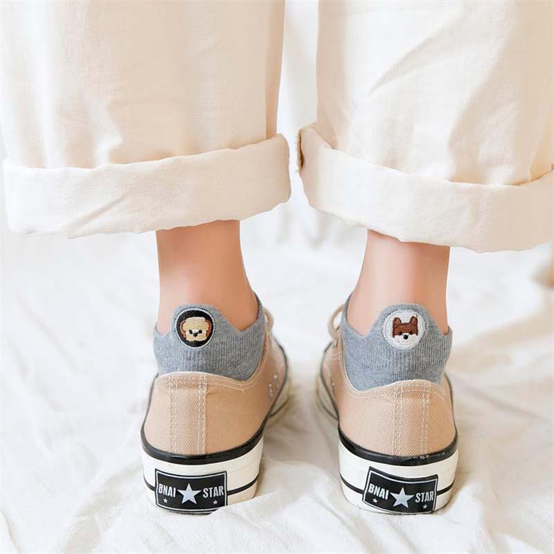 Kawaii-Embroidered-animal-Expression-Women-Socks-Happy-Fashion-Ankle-Funny-Socks-Women-Cotton-Summer-1-Pair(4)