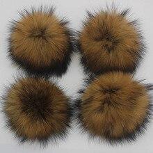 5 pçs/lote 12 13 14 15 centímetros DIY Cor Real Natural De Pele De Guaxinim Pompons Para Sacos de Malha Beanie Cap Chapéus de pele Genuína Pompom pom