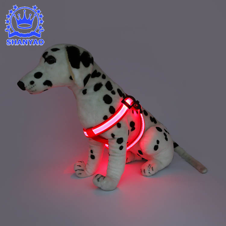 Dongguan LED Shining Dog Chest Strap Pet Shining Gou Bei Dai Night Light Hand Holding Rope