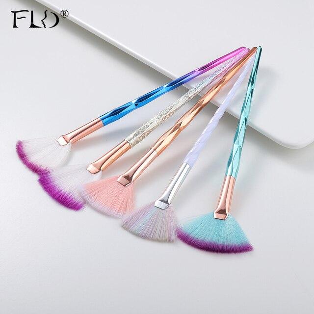 FLD מקצועי איפור מברשת יהלומי פנים מאוורר אבקת מברשת איפור באיכות גבוהה כלי ערכת סומק