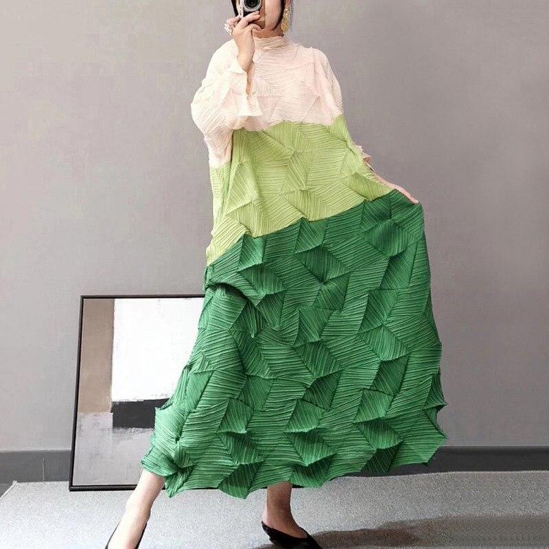 LANMREM Stand Collar Hit Color Long Pullover Dress Women 2020 New Spring Vintage Loose Temperament Pleated Dress Tide PD144