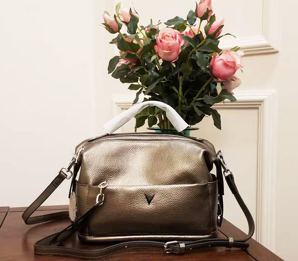 Image 4 - Genuine Leather Cross body Bags Women Vintage Pillow Cow Leather  womans Handbag for girl Ladies Solid Casual messenger bags  totTop-Handle Bags